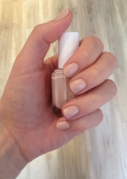 Manicure Monday: Essie Topless & Barefoot