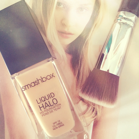 April Favourites: Smashbox Liquid Halo Foundation | All Dolled Up
