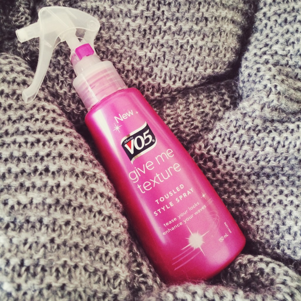 VO5 Give Me Texture Tousled Style Spray