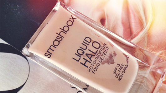 Smashbox Liquid Halo Foundation | All Dolled Up
