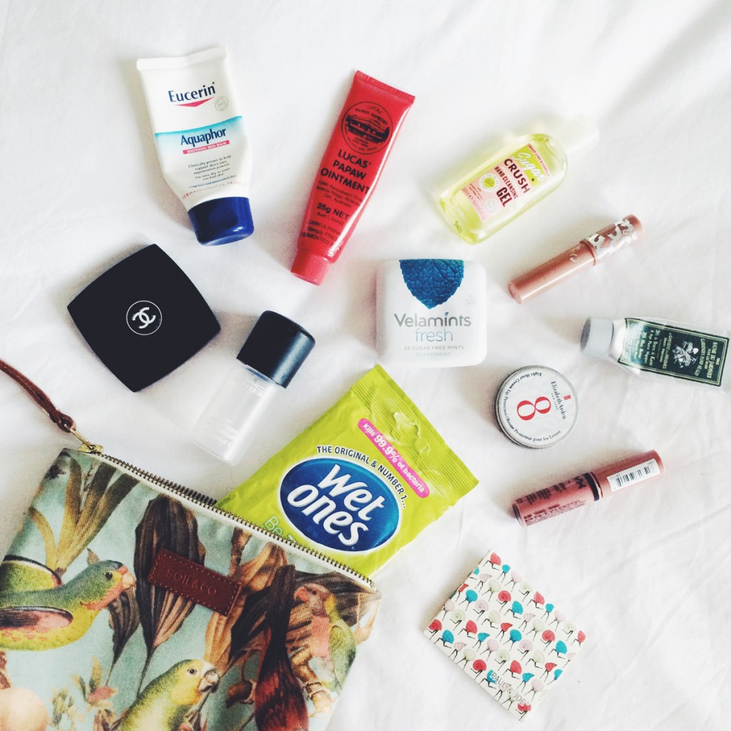Whats in my On-the-Go Beauty Bag | All Dolled Up