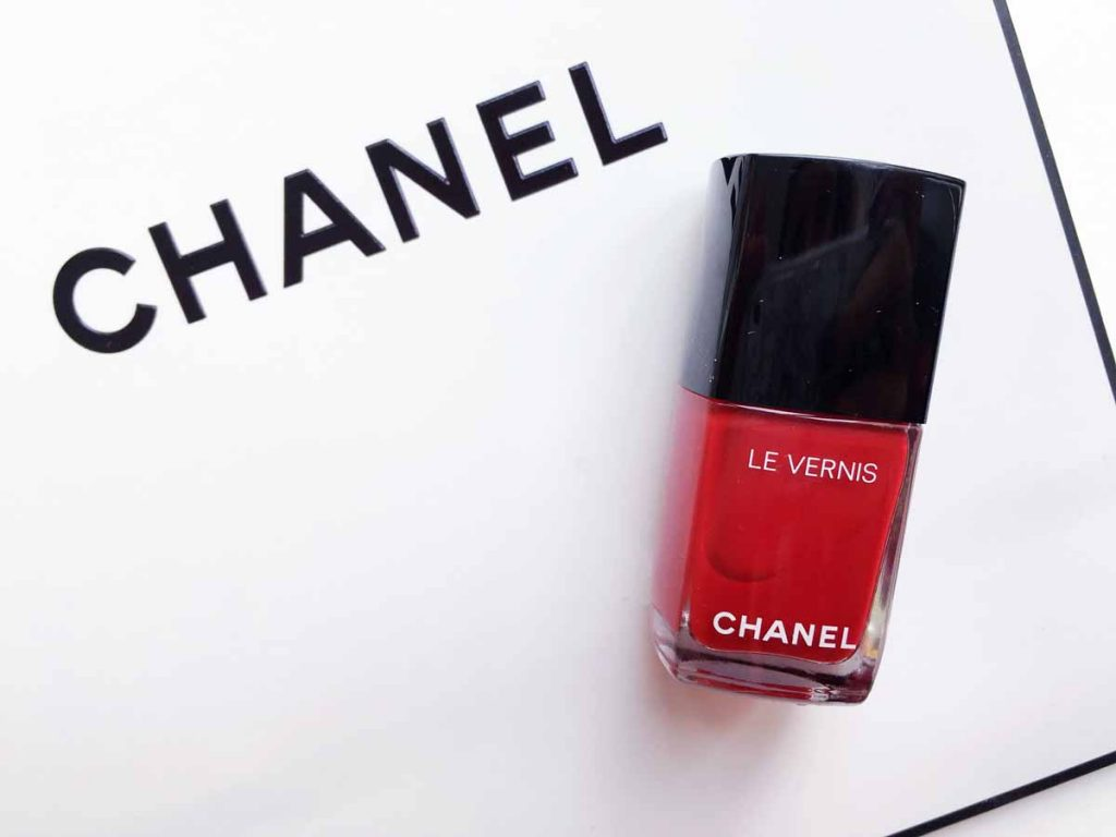 Chanel Longwear Nail Colour in 528 Rouge Puissant