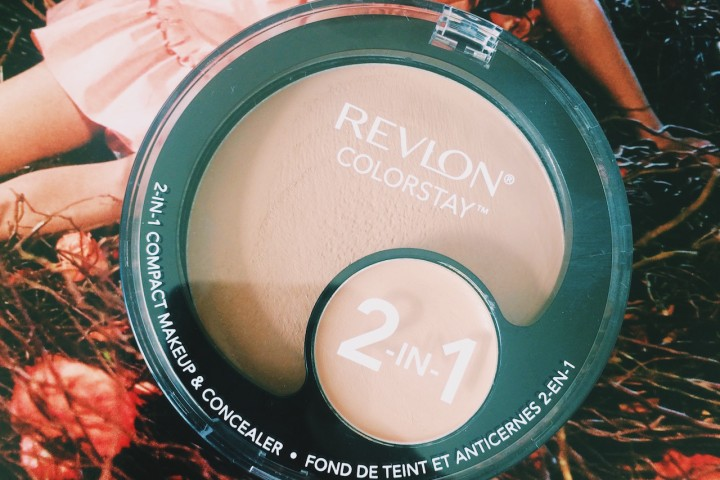 Revlon Colorstay 2-in-1 Compact Makeup | All Dolled Up